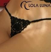 Louise (white or black)