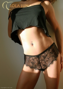 Betsy Shorts - Black